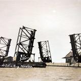 Puente maritimo.