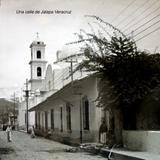 Una calle de Jalapa Veracruz por el fotografo Cesar A Camara.