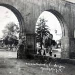 El Acueducto y Jardin Villalongin ( Circulada el 8 de Agosto de 1936 ).