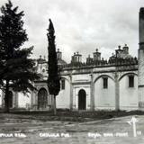 Fachada de La Capilla Real.