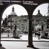 Rotonda hombres ilustres Guadalajara, Jalisco. - Guadalajara, Jalisco
