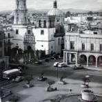 Plaza de Los Laureles Guadalajara, Jalisco. - Guadalajara, Jalisco