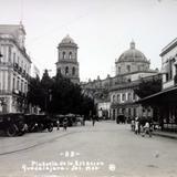 Plazuela de La Estacion Guadalajara, Jalisco.