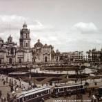 Plaza de La Constitucion y Catedral.