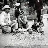Tipos Mexicanos vendedor de cacahuates Ciudad de México.