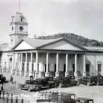 Edificio de La Aduana ( Circulada el 31 de Enero de 1945 ).