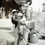 Tipos Mexicanos vendedora ( Circulada el 9 de Abril  de 1953 ).