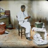 Escultor Juan Panduro  por el fotografo C B Waite 1908. - Charles B. Waite, Fotógrafos