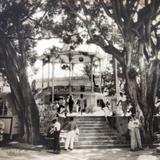 La Plaza y kiosko.