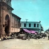 La Plaza y mercado.