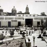 La Plaza en dia de mercado Valle de Santiago, Guanajuato.