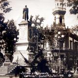 Monumento a Ramon Corona ( Circulada el 16  de Marzo de 1922 ).