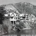 A orillas del Rio Cuale.