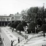 La Iglesia y Plaza.