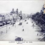 Alameda y San Juan de Dios Avenida Hidalgo ( Julio de 1910 ).
