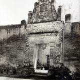 Una casona de Puebla ( Circulada el 18 de Abril de 1934 ).