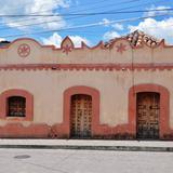 fachada en la calle Real de Guadalupe - San Cristóbal de las Casas, Chiapas