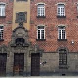 Fachada en la Calle de las Vizcainas
