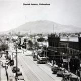 Escena callejera. Ciudad Juárez, Chihuahua ( Circulada el 30 de Septiembre de 1930 ).