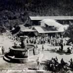 Fuente y plaza principal ( Circulada el 4 de Noviembre de 1935 ).