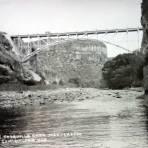 Puente Taxquilla carretera Mexico -Laredo.