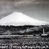 Volcan Popocatépetl y fabrica de Metepec.