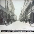 Calle del Cinco de Mayo.