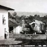 Calle V Guerrero.