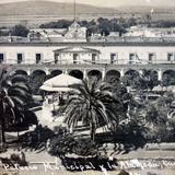 Palacio Municipal y La Alameda. ( Circulada el 22 de Abril de 1909 )