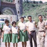 Trabajadores de la empresa de refrescos 7up, en el Castillo Santa Cecilia (1965)