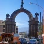 Calle Pino Suárez y Arco de la Independencia (1964)