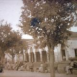 La Plaza y Portales.