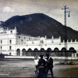 Cerveceria Moctezuma.