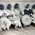 Comision de Huicholes de Tuxpan esperando conferencia con el gobernador de Jalisco ( 3 de Enero de 1913 ).