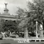 Plaza 5 de Mayo y Palacio de Gobierno