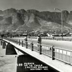 Puente de la Calle José María Pino Suárez, sobre el Río Santa Catarina