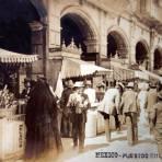 Puestos en Los Portales  por el Fotógrafo Fernando Kososky ( Circulada el 27 de Julio de 1910)