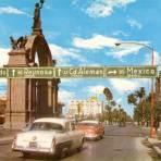 Avenida Madero y Arco de la Independencia