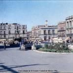 A un costado de El Zocalo Ciudad de México 1961