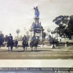 Paseode La Reforma  y estatua de Cristobal Colon por el Fotógrafo Abel Briquet.