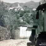Escena Callejera ( Circulada  el 1 de Noviembre 1929 ) por el Fotógrafo Hugo Brehme.