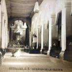 Interior de la Iglesia de Coyoacan por el  Fotógrafo Fernando Kososky.