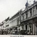 Avenida  Cinco de Mayo.