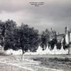El Cementerio y La Iglesia   Tepotzotlán  Estado de   México.
