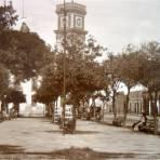 Escena en la plaza principal.