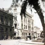 Edificio de correos  por el fotografo Ricardo Mantel ( Circulada el 12 de Abril de 1927 ).