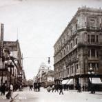 Calle Cinco de Mayo.
